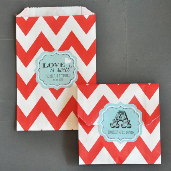 Personalized Paper Favor Bags - Red Chevron